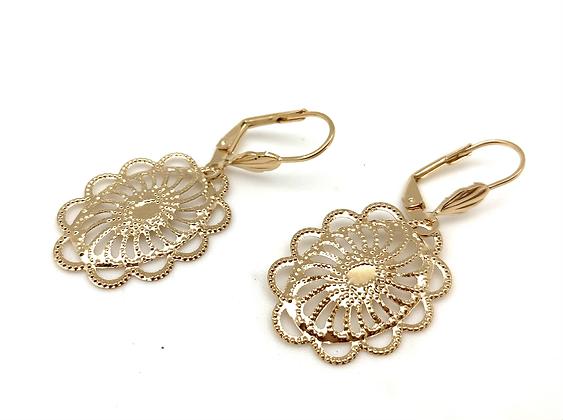 H175 Lace Oval Earrings