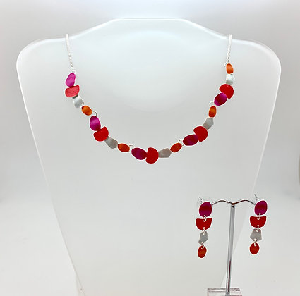 #94 Coral Ovals Necklace and Earrings Set