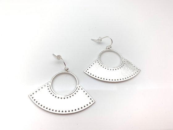 ES395 Silver Fan Sensu Earrings
