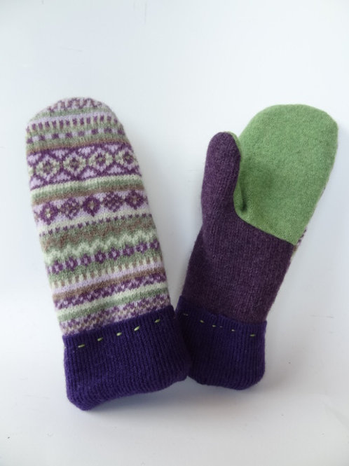 Children's recycled - repurposed wool mittens: 1 available; Purple/green