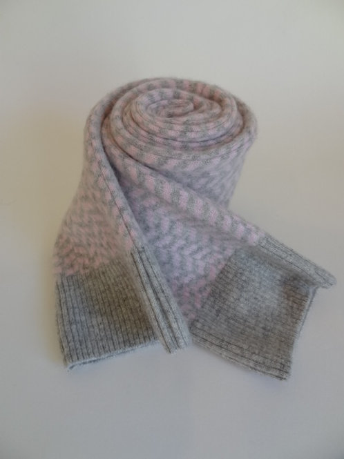 Ultra soft recycled - repurposed cashmere scarf: 1 available; light gray/white
