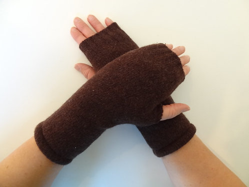 Women's recycled - repurposed wool fingerless gloves: 1 avail.; brown