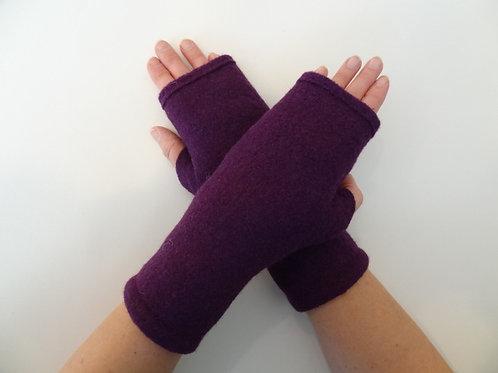 Women's recycled - repurposed wool fingerless gloves: 1 avail.; purple