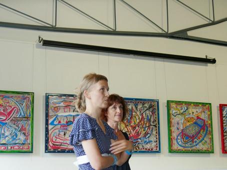 Výstava obrazů Dominiky Pokorné - Present
