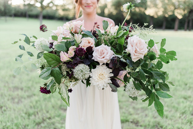 Heirloom Styled Shoot Featured on Artfully Wed!