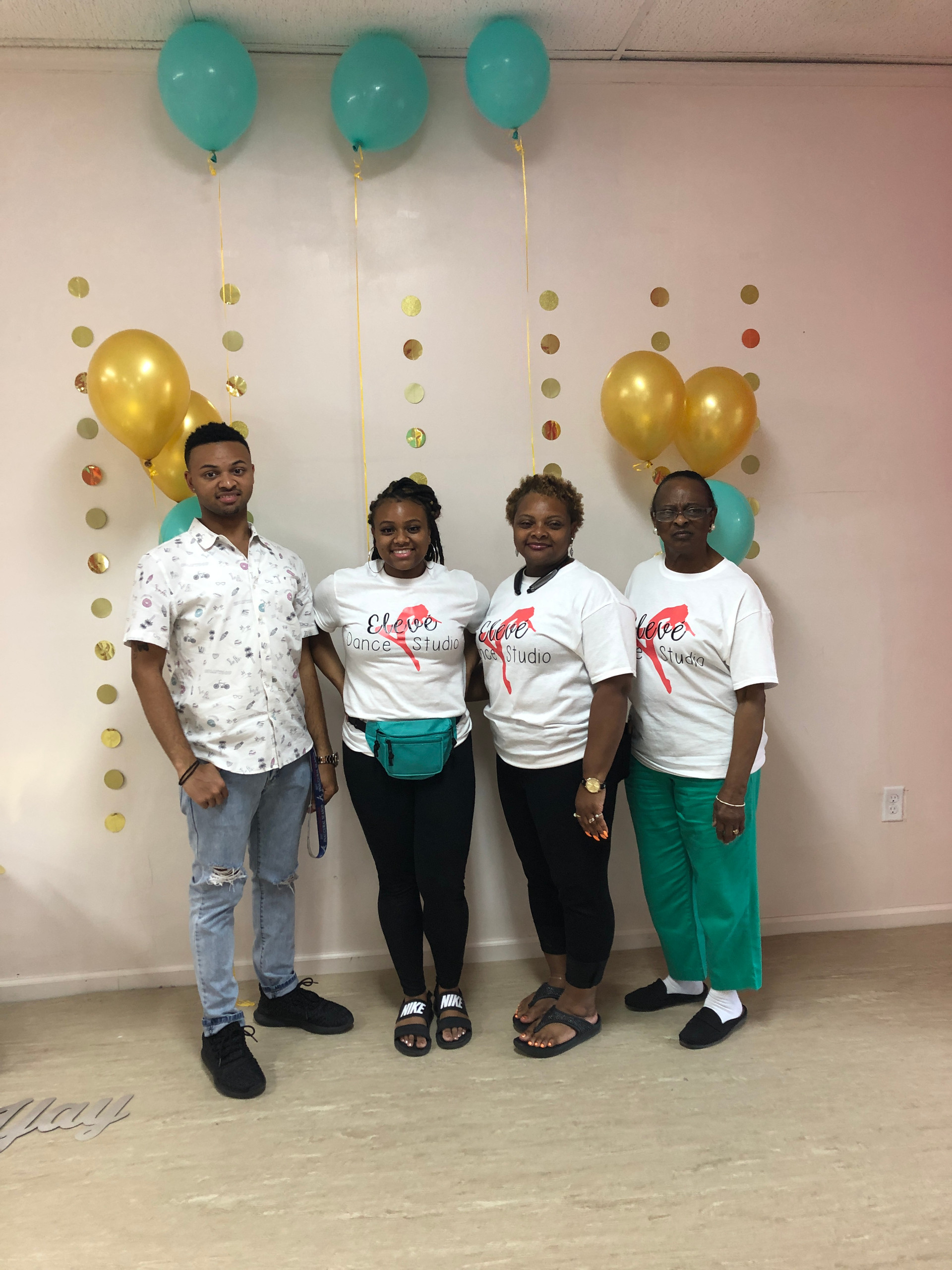 Ms. Jelinda and her family on grand opening