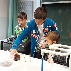 Besuch VS-Eichgraben in Physik