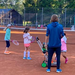 Sommercamp 2019-Luca mit Kindern (Medium