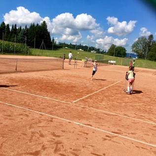 Sommercamp-Training (Medium).jpg