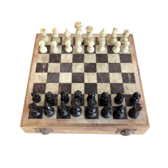 Checker-mate