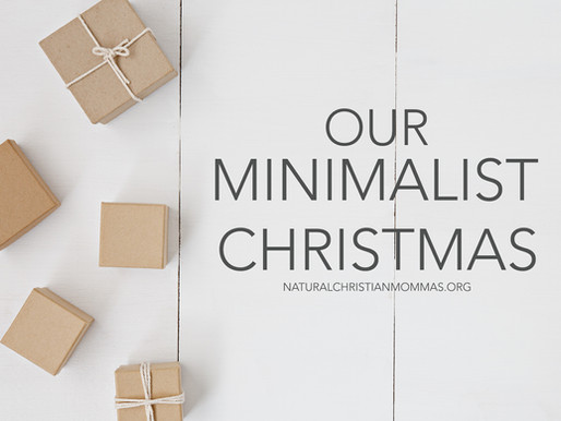 OUR MINIMALIST CHRISTMAS