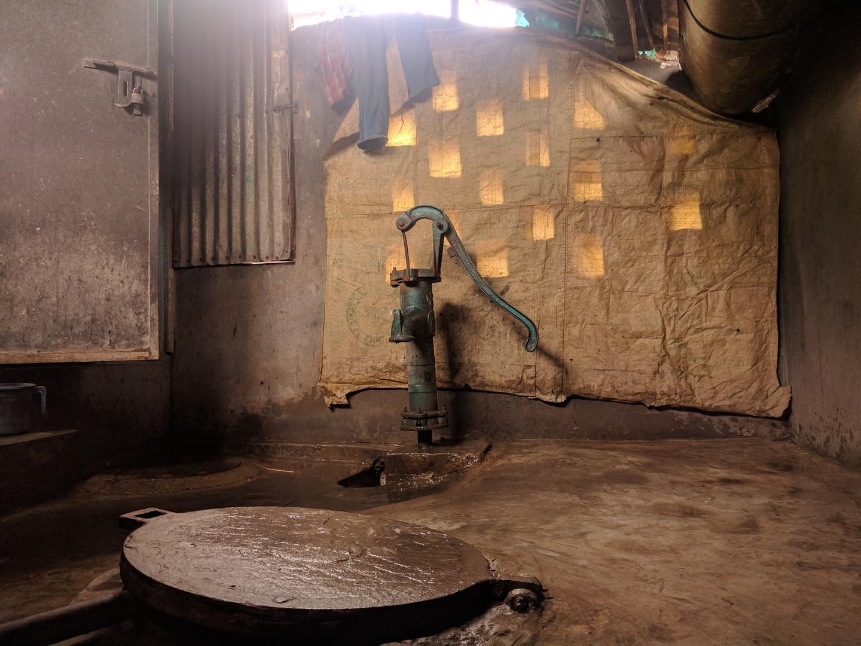 Public water pump in Dhaka.