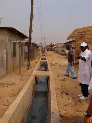 Open drains are abundant throughout the city of Accra.