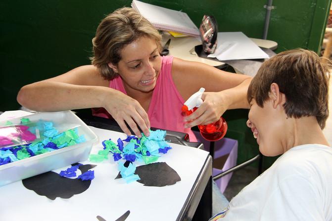 Educando para o Mundo - Prof. Lucinéia Silva