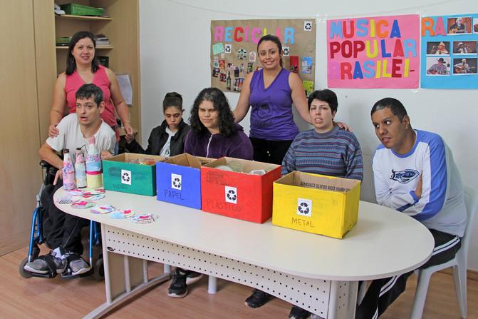 Educando para o Mundo - Prof. Kátia Regina dos Santos