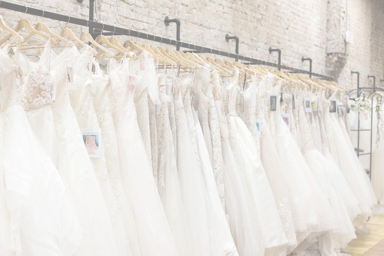 WeddingBelles_ClarksvilleTN_LizCourtneyP