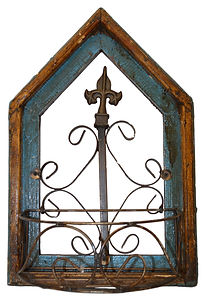 wood and iron arch planter .jpg