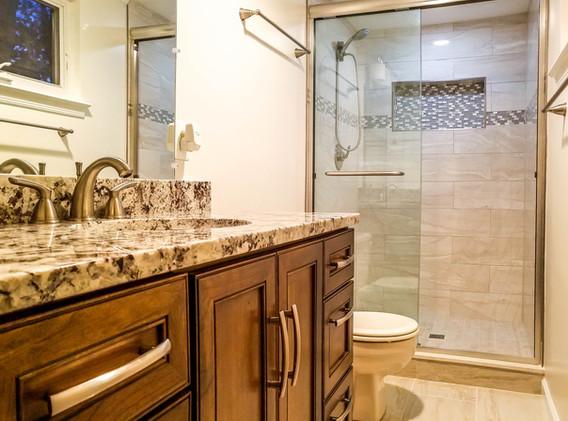 BathroomCoffman (1 of 1).jpg