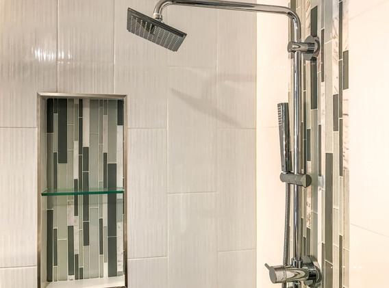 BathroomCoffman3 (1 of 1).jpg