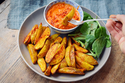 Smokey Red Pepper Dip With Wedges!