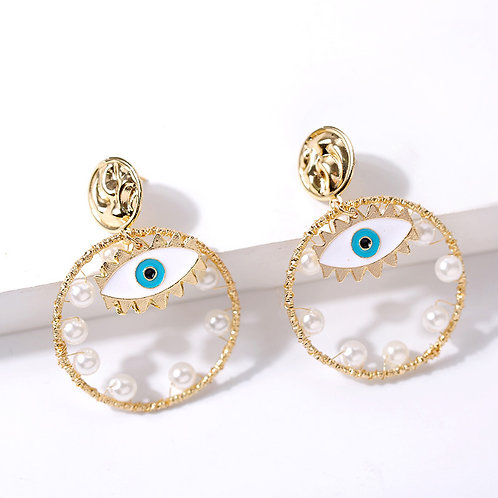 Inward Pearl Eye Loop Earring