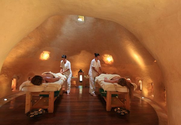 Treatment-Room-at-The-Earth-Spa-by-Six-Sense-Spa-.jpg