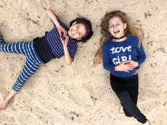 Mia y Azurre parque 4.jpeg