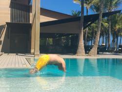 Alex Kouri piscina