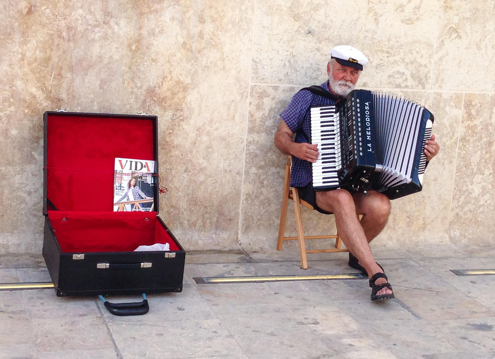 Acordeon, Malta.jpg