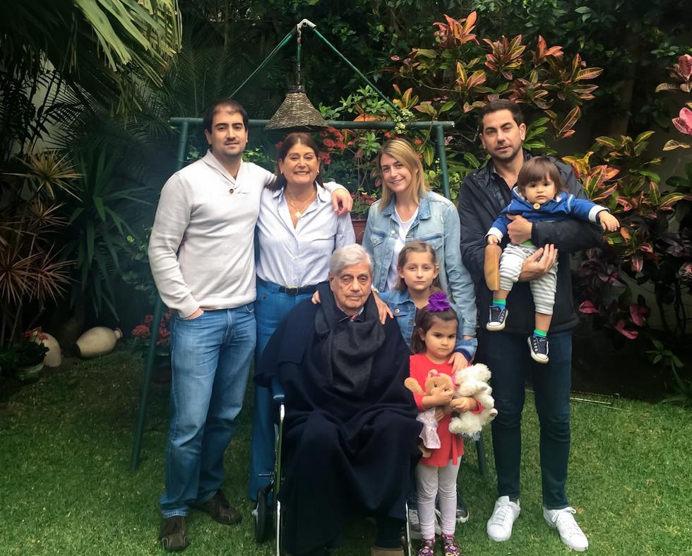 Familia Barreda, LLona Barreda