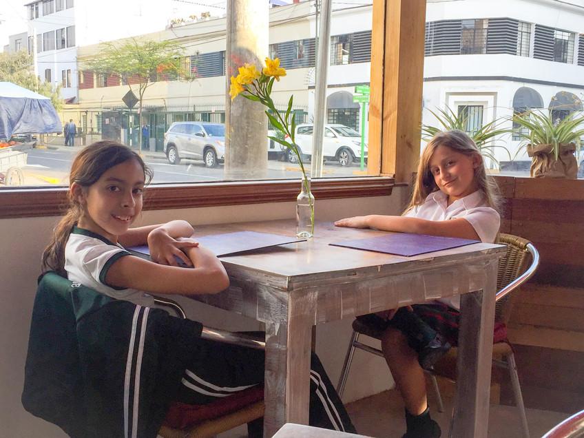 Mia y Ainhoa