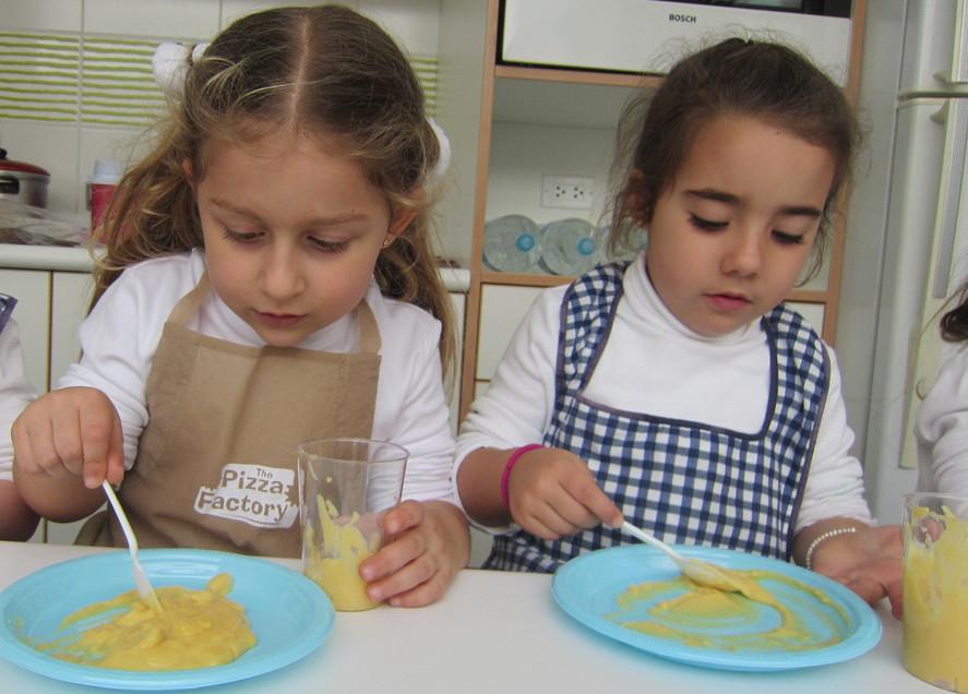 Cooking earthworms (1).JPG