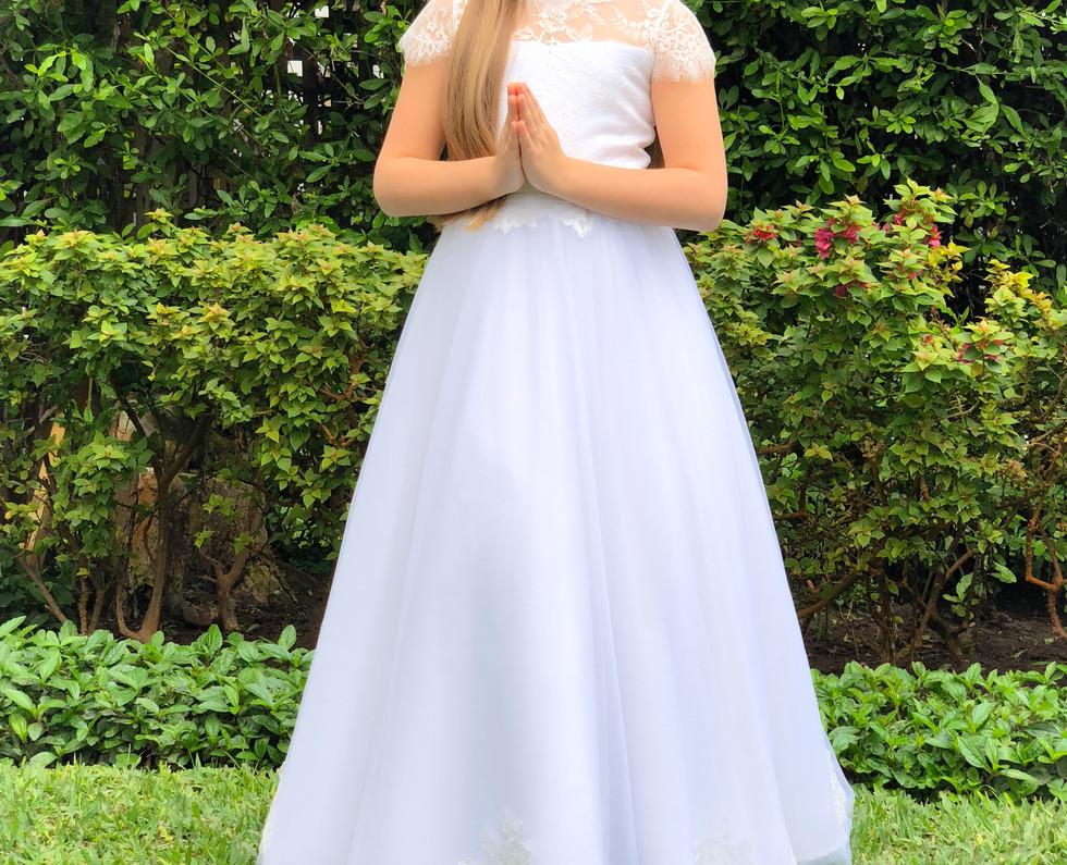150918 Mia Kouri- primera comunion- San