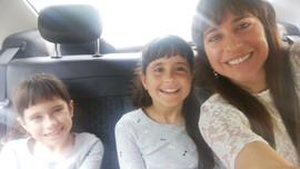 Claudia, Franchi, Almendra.jpg