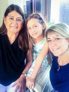 3 generaciones Mama, Mia y yo 2.JPG