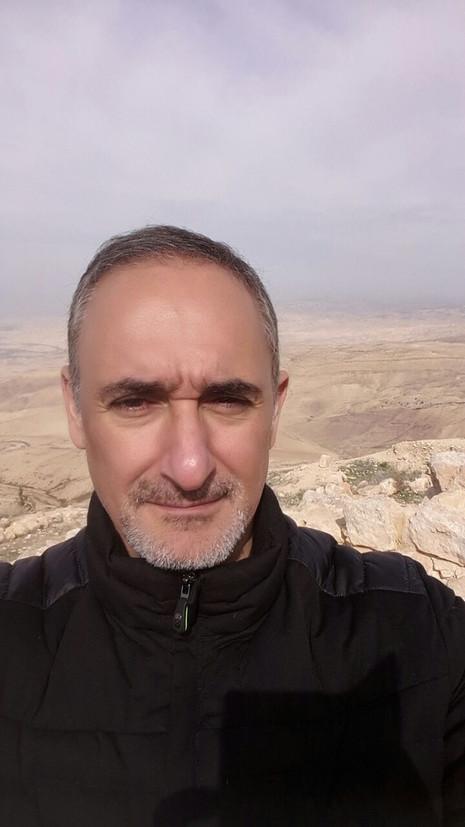 Alex Kouri en medio oriente