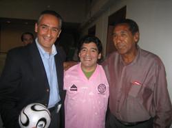 Alex Kouri con Maradona