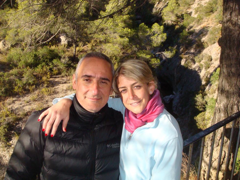 Alex Kouri y Andrea LLona