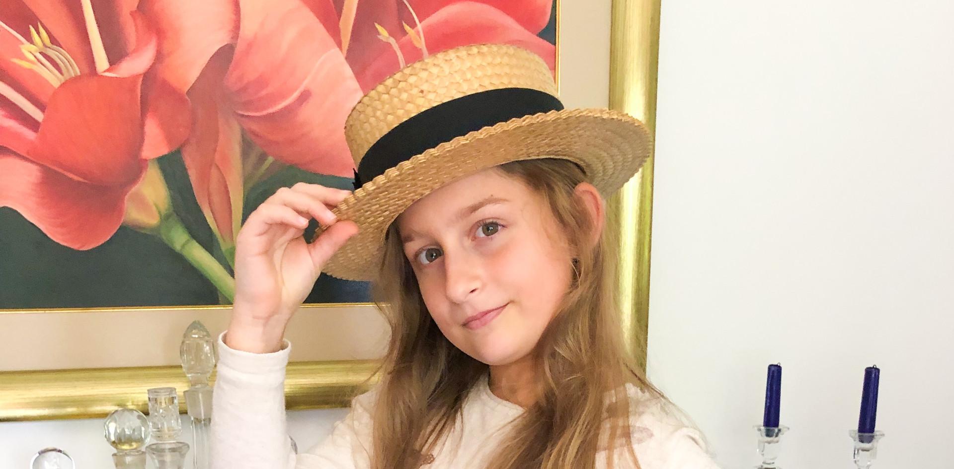 270719 Mia sombrero papa juan (tatarabue