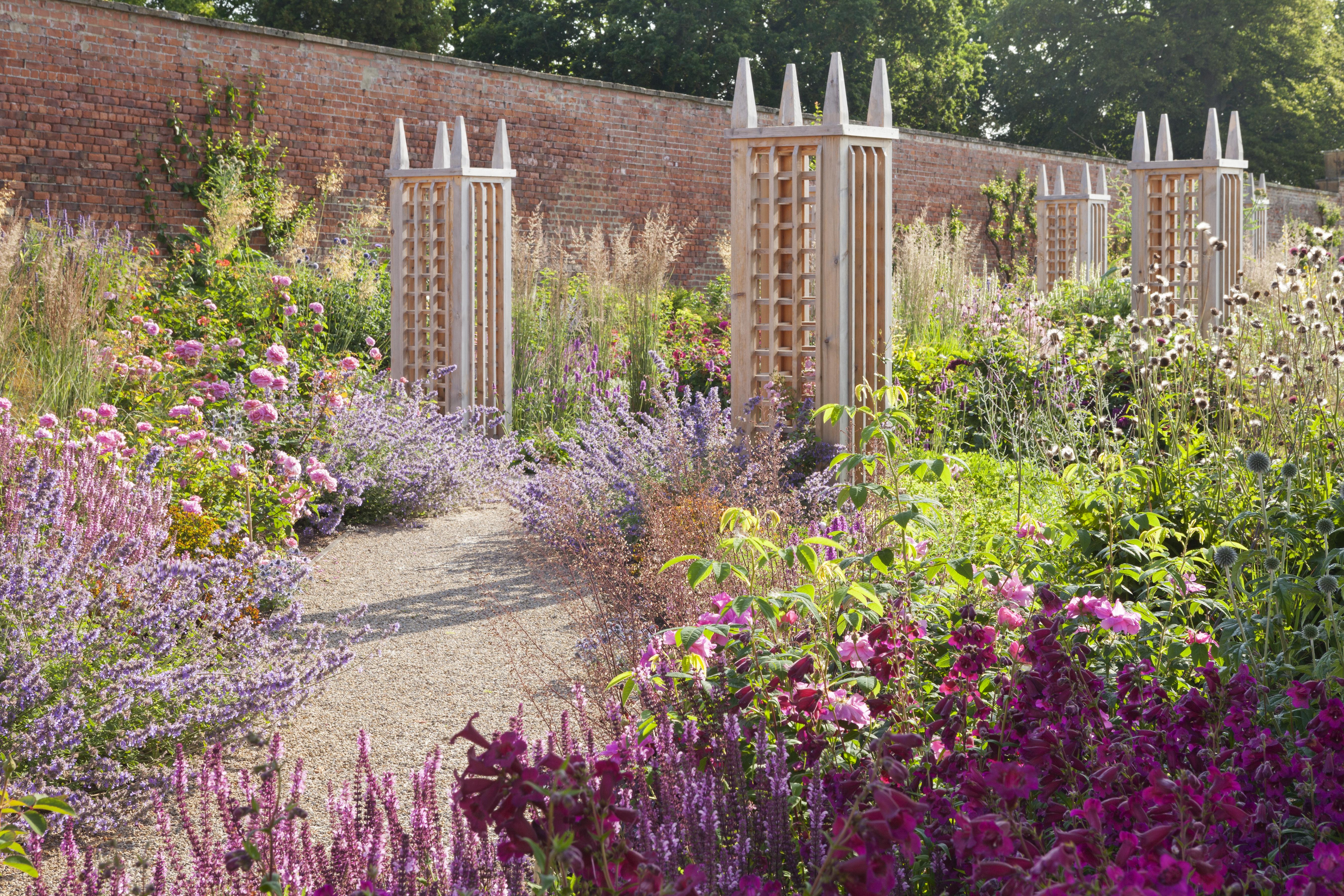 Wynyard Rose Garden - Rose Pillars