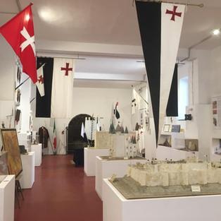 Il Museo, a destra la fortezza di Al Kerak de Chevaliers