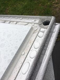 天井の水抜け構造2.jpg