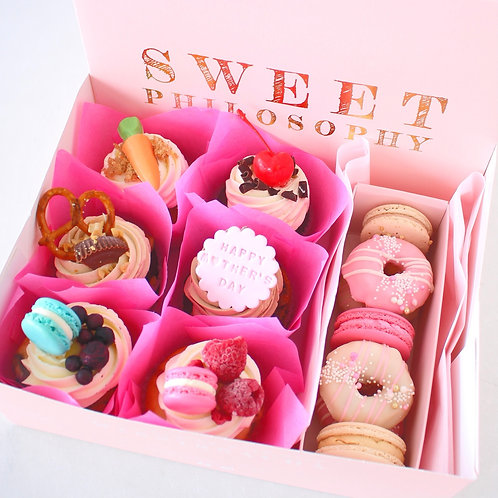 Classic Cakes Sweet Selections Box