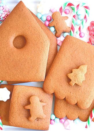 HolidayDIY! GingerbreadHouse Kit
