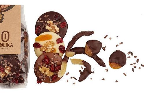 מנדיאנט שוקולד עם פירות יבשים ואגוזים