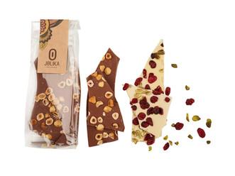 שוקולדים ונשנושים