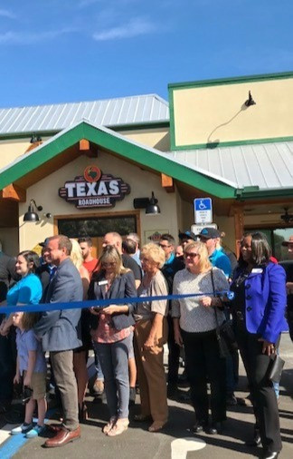 Texas%20Road%20House%20Ribbon%20Cutting_