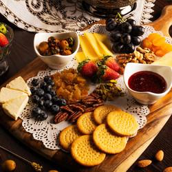 English Cheese and Chutney Board - 5 pax