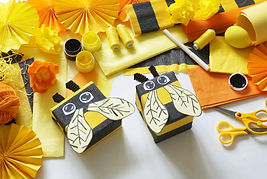 The child loves crafts bee. The child's