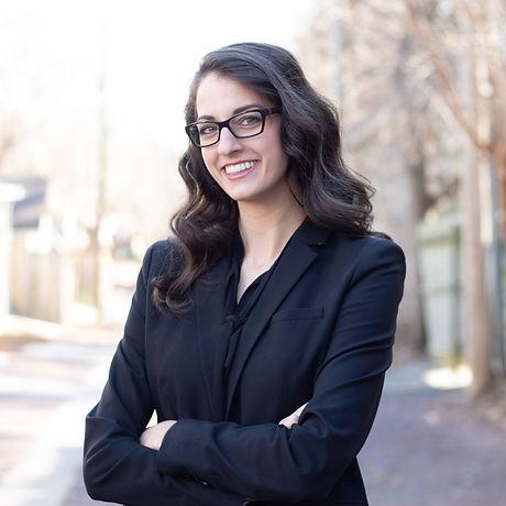Alexa Goetzinger Headshot